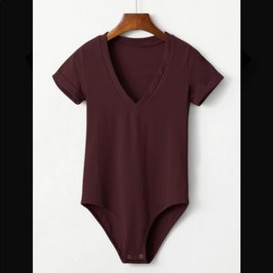 Tops - Cuff sleeve burgundy body suit